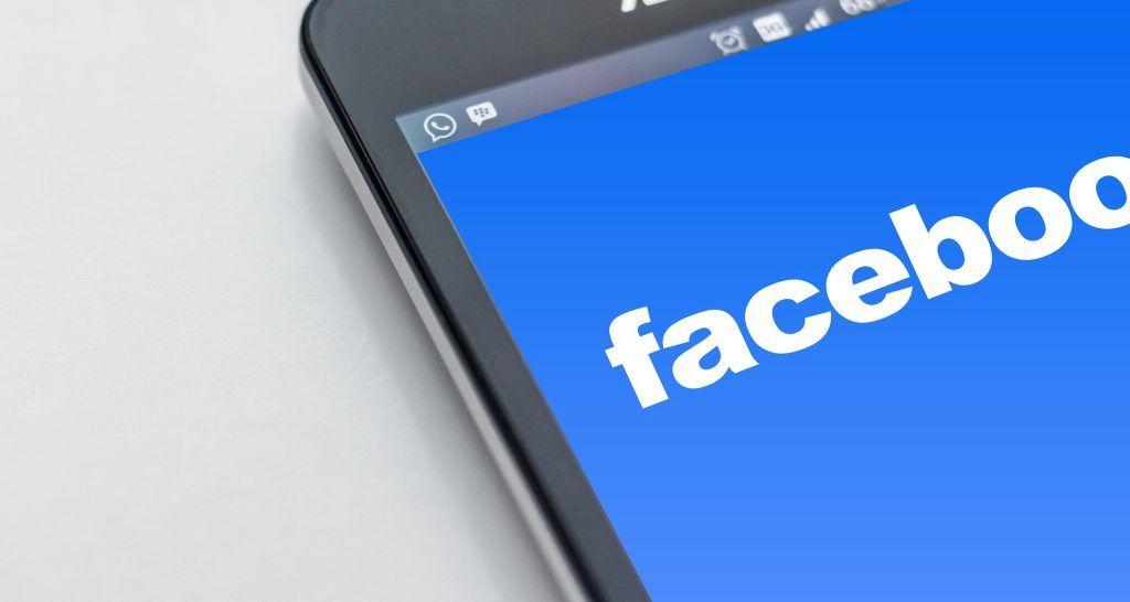 Perfil Personal y Página de Empresa en Facebook